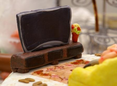 cake-tv.JPG