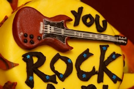 Guitar cake BAKING PROJECT